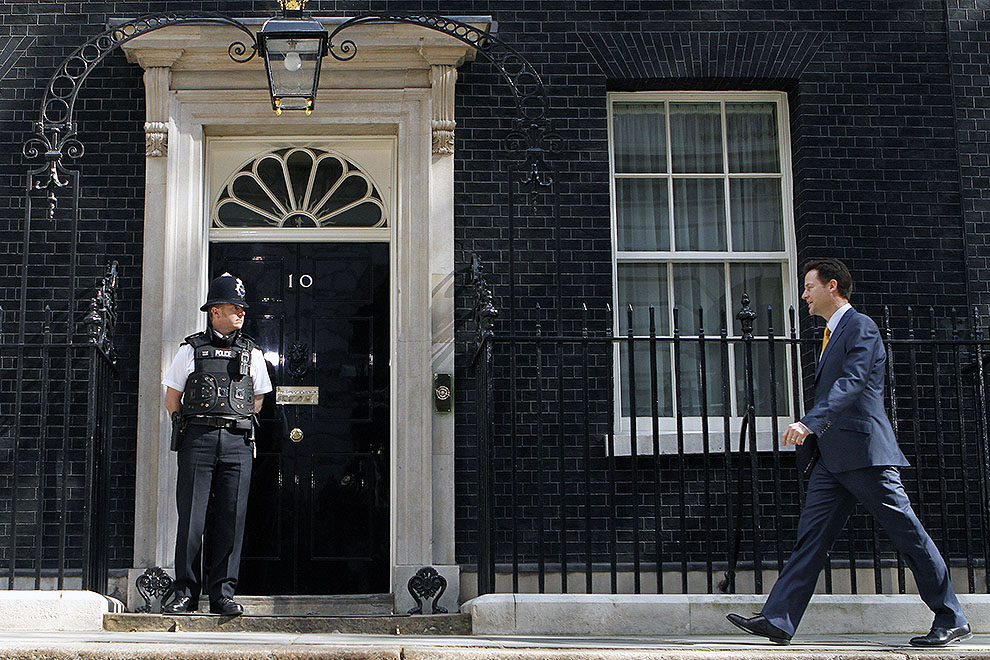 Britain's election fix   Inside Story